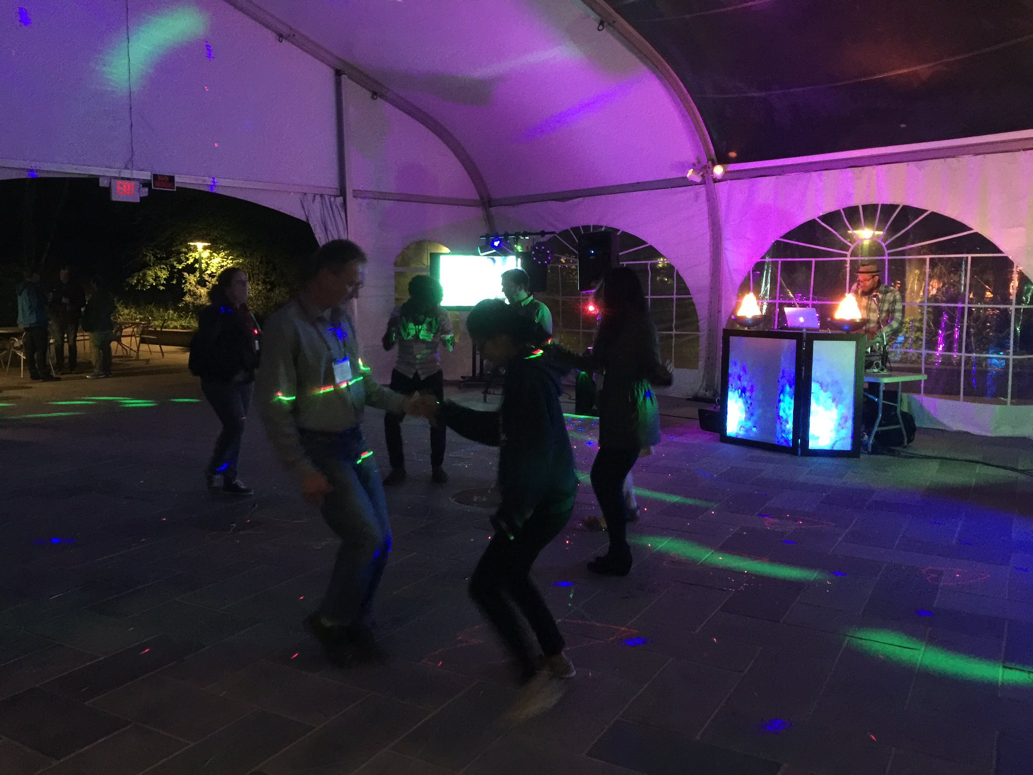 The DJ is playing and the dancing has started   #bog17 https://t.co/rjZP1YgndH