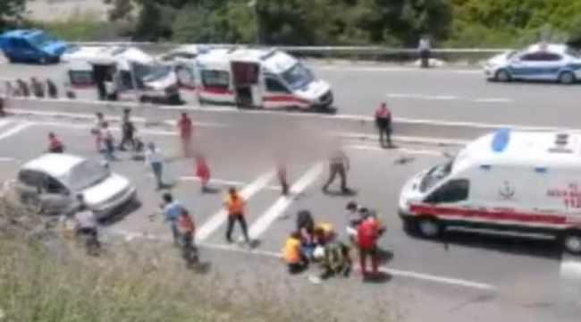 В Турции 20 туристов погибли при крушении автобуса