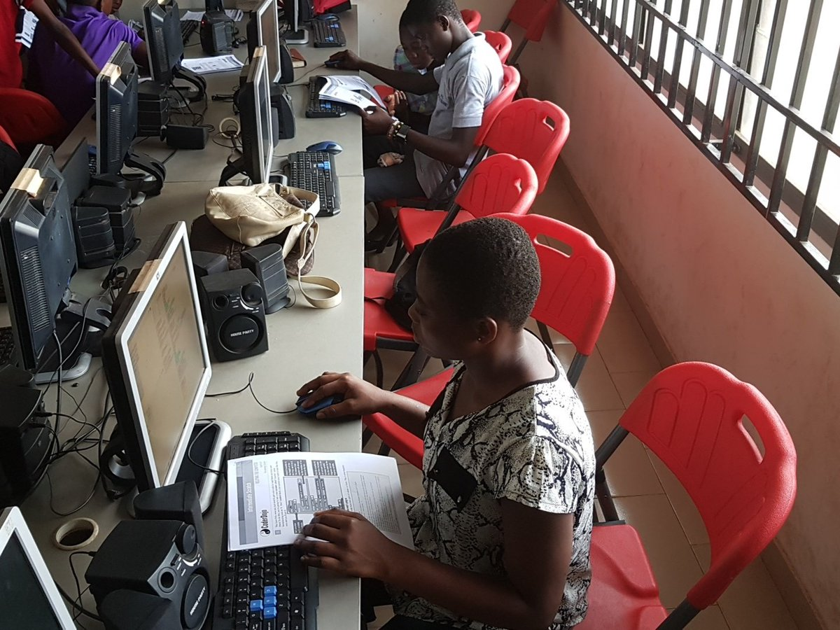 Learning how to create games using #Scratch with #CodeDojo manual #AirtelGhana #iSpace #technology #games #coding #school<br>http://pic.twitter.com/ehGBSW9R6Q