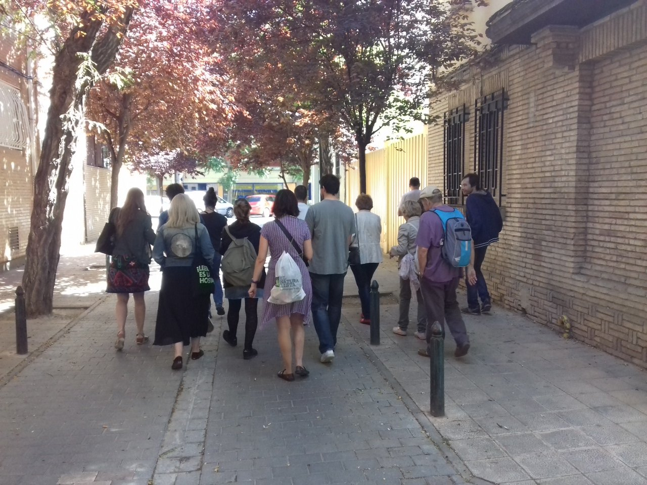 Campos y una acequia descubierta en la memoria de la gente mayor del barrio de #LasFuentes #PaseodeJane https://t.co/eMcvOHlHVR