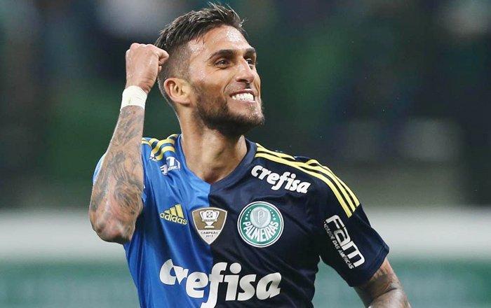 Cruzeiro acerta com o Palmeiras a troca de Rafael Marques por Mayke. https://t.co/QPkLqbKwCY