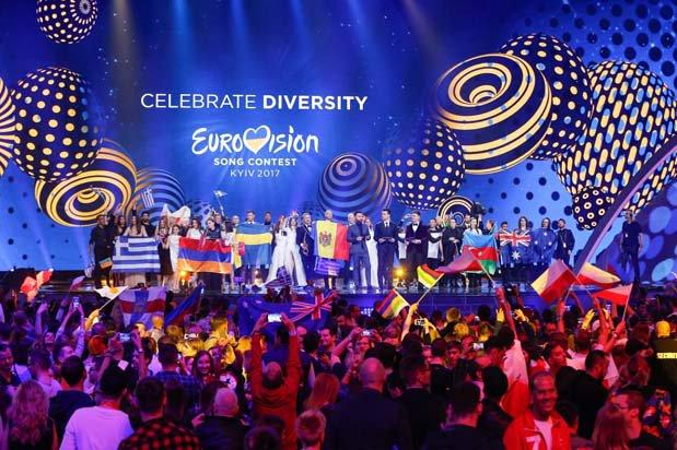 #Eurovision Grand Final #Live  #canlı @  http://www. ukraynahaber.com / &nbsp;    #Kiev  #SonDakika #Portugal #Moldova #Austria #Belarus #Hungary #Azerbaijan<br>http://pic.twitter.com/K4cKko1KNM