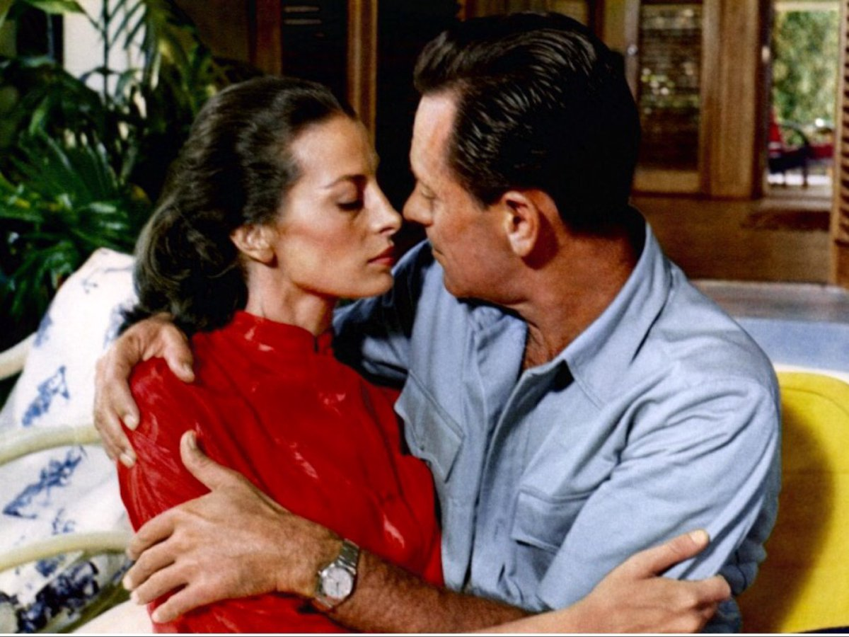 #WilliamHolden &amp; #Capucine shoot together The 7th Dawn 1964 Director Lewis Gilbert (You only live twice-The spy you loved me) <br>http://pic.twitter.com/5RoKBK6TT6