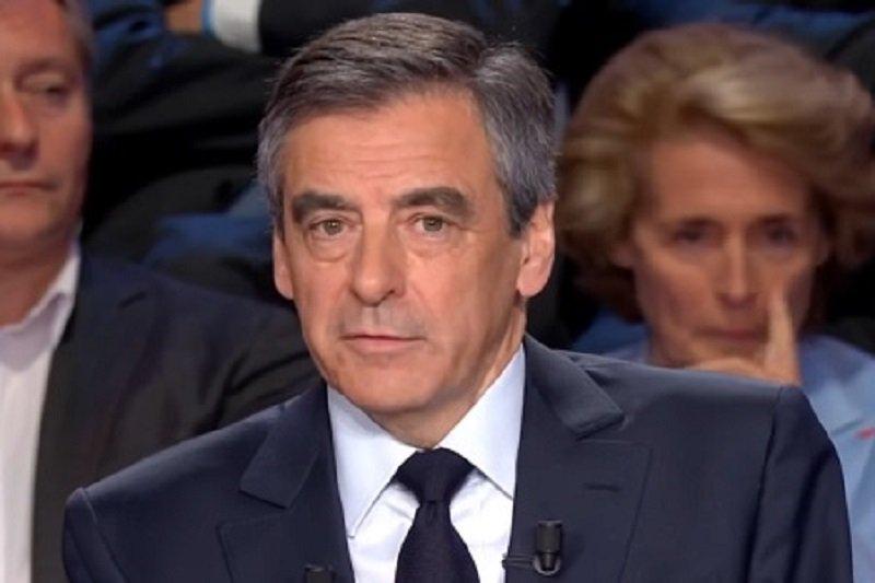 #francoisFillon le trait d'union parfait entre tradition et modernité. pic.twitter.com/toGqCWUvwV