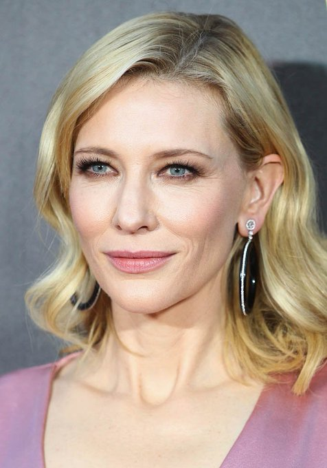 Happy birthday cate blanchett!  a Beautiful woman, an amazing actress! And an excellent person