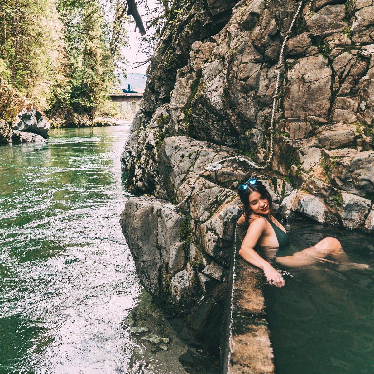 Nadine Sykora Nude Photos 19