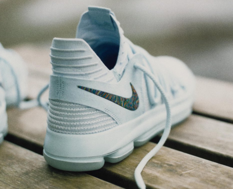 ebb3ae480849 Kevin Durant to debut the KD 10 on court today vs Spurs pic.twitter.com V5zSgF39WF