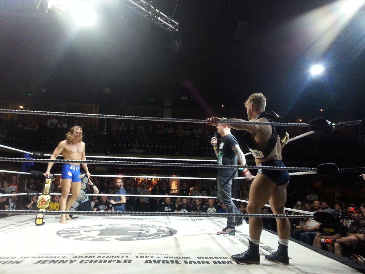 Resultados de Progress Wrestling Chapter 48 - Pete Dunne ante su defensa más arriesgada 2
