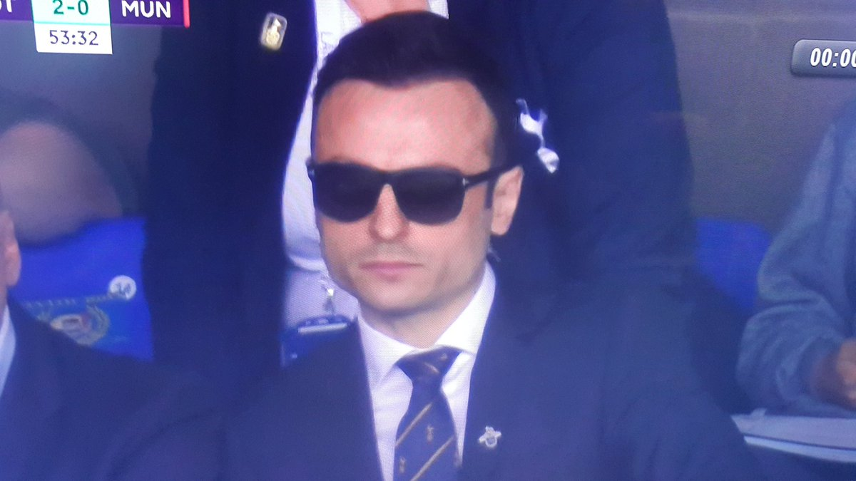 Dimitar Berbatov reminds people to 'respect the giant ...