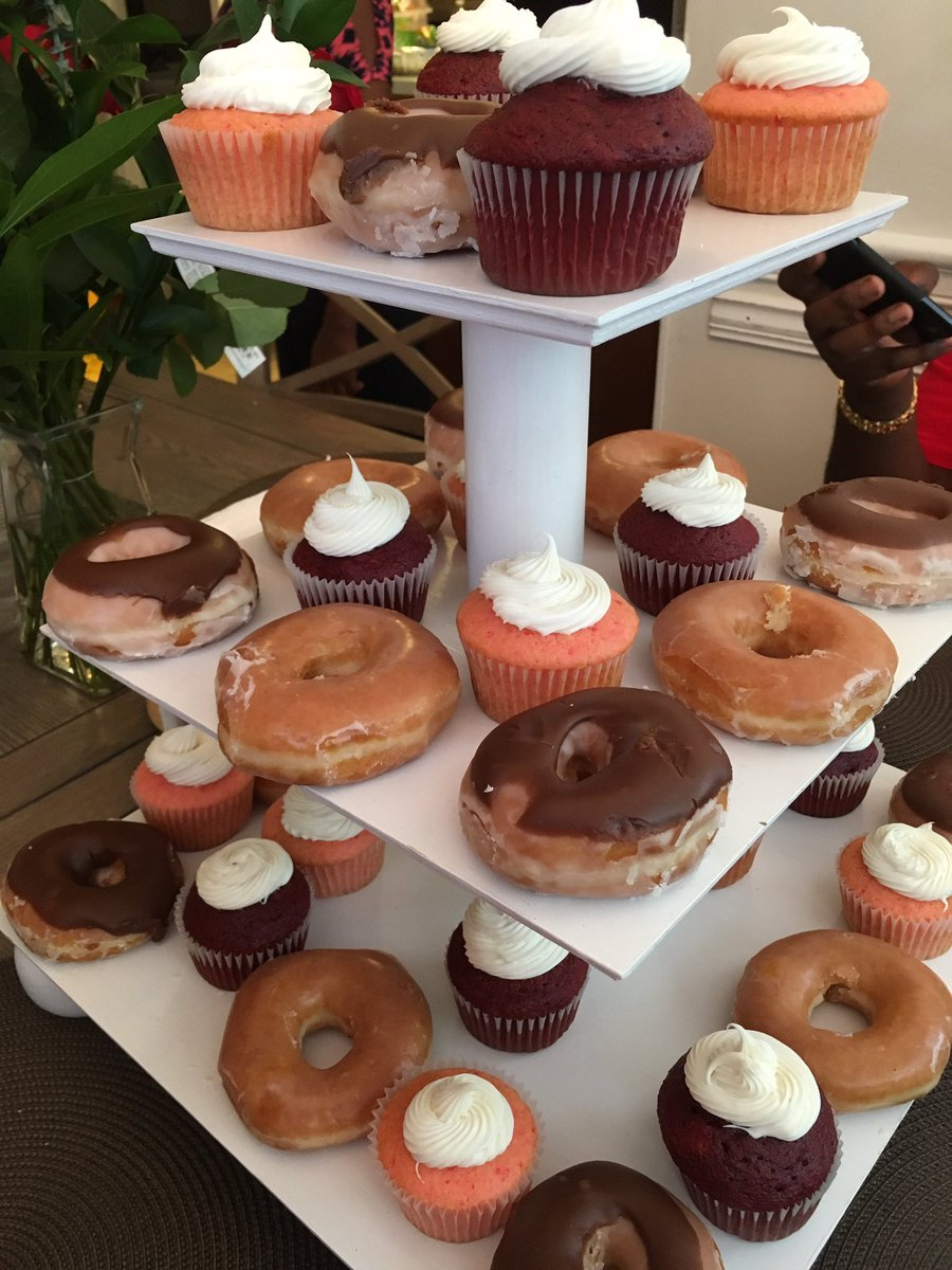 Nephew hooking up the dessert for Mother's Day! Pray for me! Strawberry and Red Velvet cupcakes with @krispykreme donuts. 😍😍😍