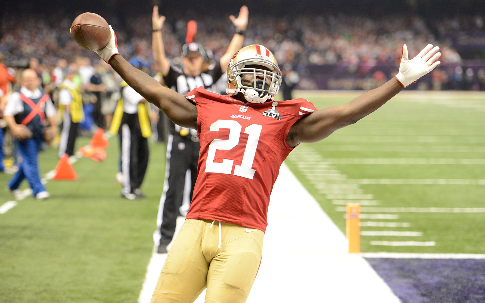 Happy Birthday Frank Gore i will always see you as a 49er no matter what.