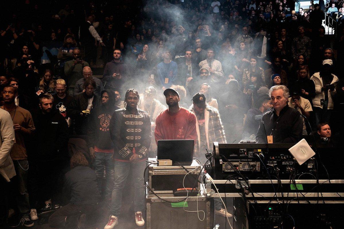 RT @mashable: 'I love you like Kanye loves Kanye': Inside Yeezy's monumental album premiere https://t.co/RYm3NJHAIr #TLOP https://t.co/iXD6…