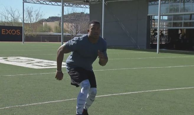 More from @candicenbc4 and @DLeeMG8 in AZ--linebacker drills and inside info on nutrition!
