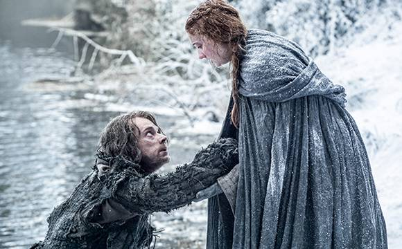 New @GameOfThrones season six pics reveal the fate of several characters! SEE HERE! https://t.co/1ViPuCQIEr https://t.co/jFC426NsGH