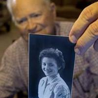 WWII vet begins journey to reunite with wartime girlfriend.