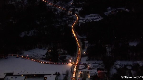 Cars backed up for miles to vote in NHPrimary