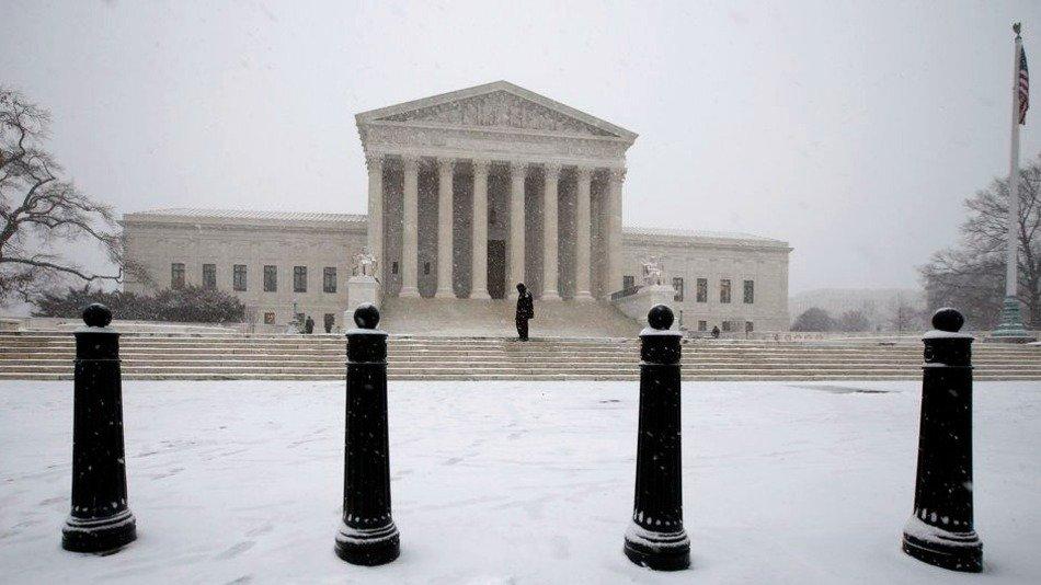 RT @mashable: Supreme Court freezes Obama's climate change plan: https://t.co/kUrDejw2e4 https://t.co/r0hoLkYSDt