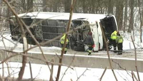 Police: Driver of casino bus that crashed on I-95 in Connecticut lost control in snow