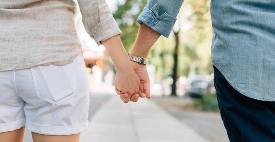 40 dating uk dating online este sigur sau riscul ppt