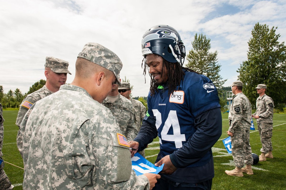 #BeastMode made a big impact on the field, but #DYK he made a mark in the community?