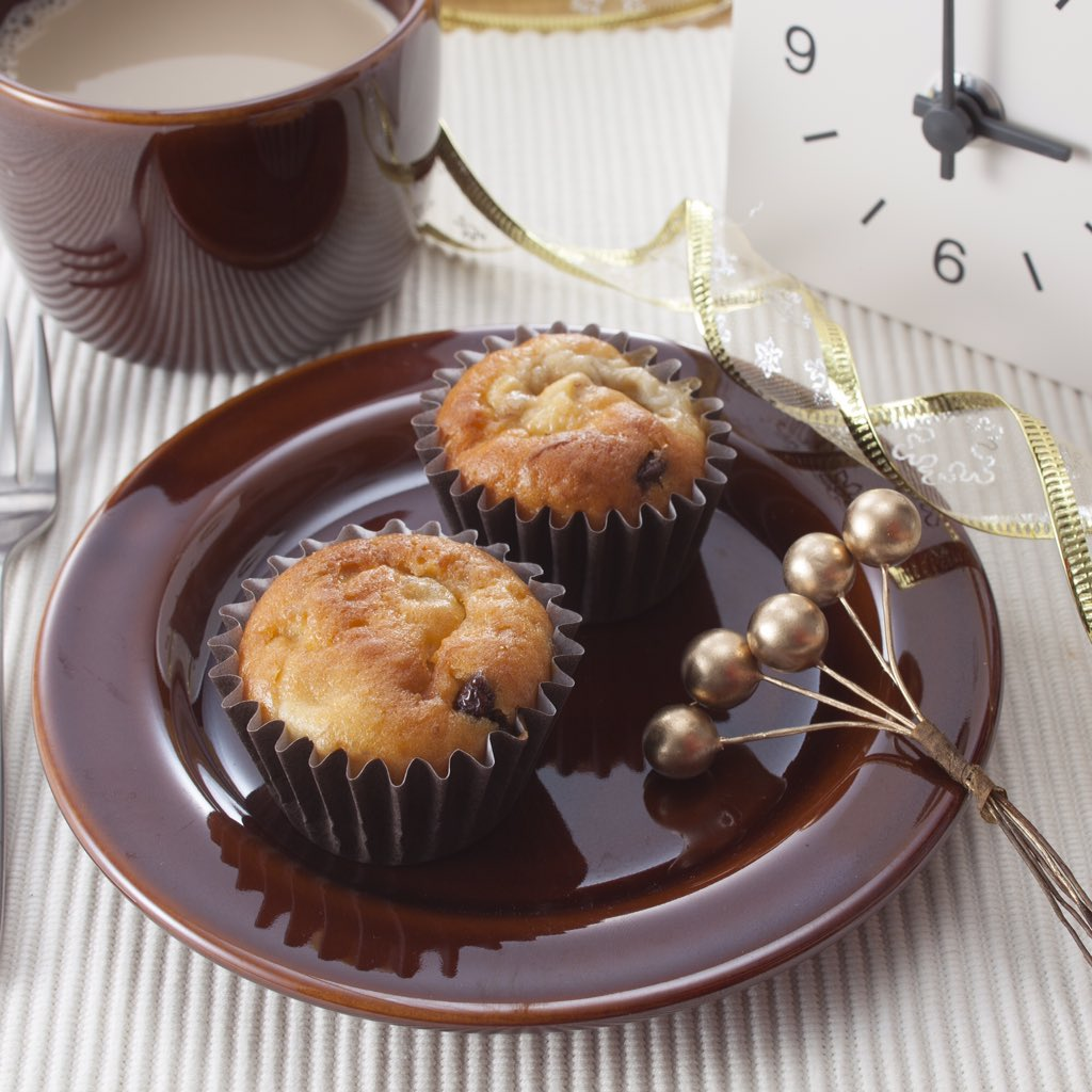 <3時のおやつで無印良品>「自分でつくる チョコチップマフィンボリュームパック」をバナナチョコチップマフィンにアレンジ。みなさんのレシピも募集中です! #mujivd https://t.co/iiMbxDQywh