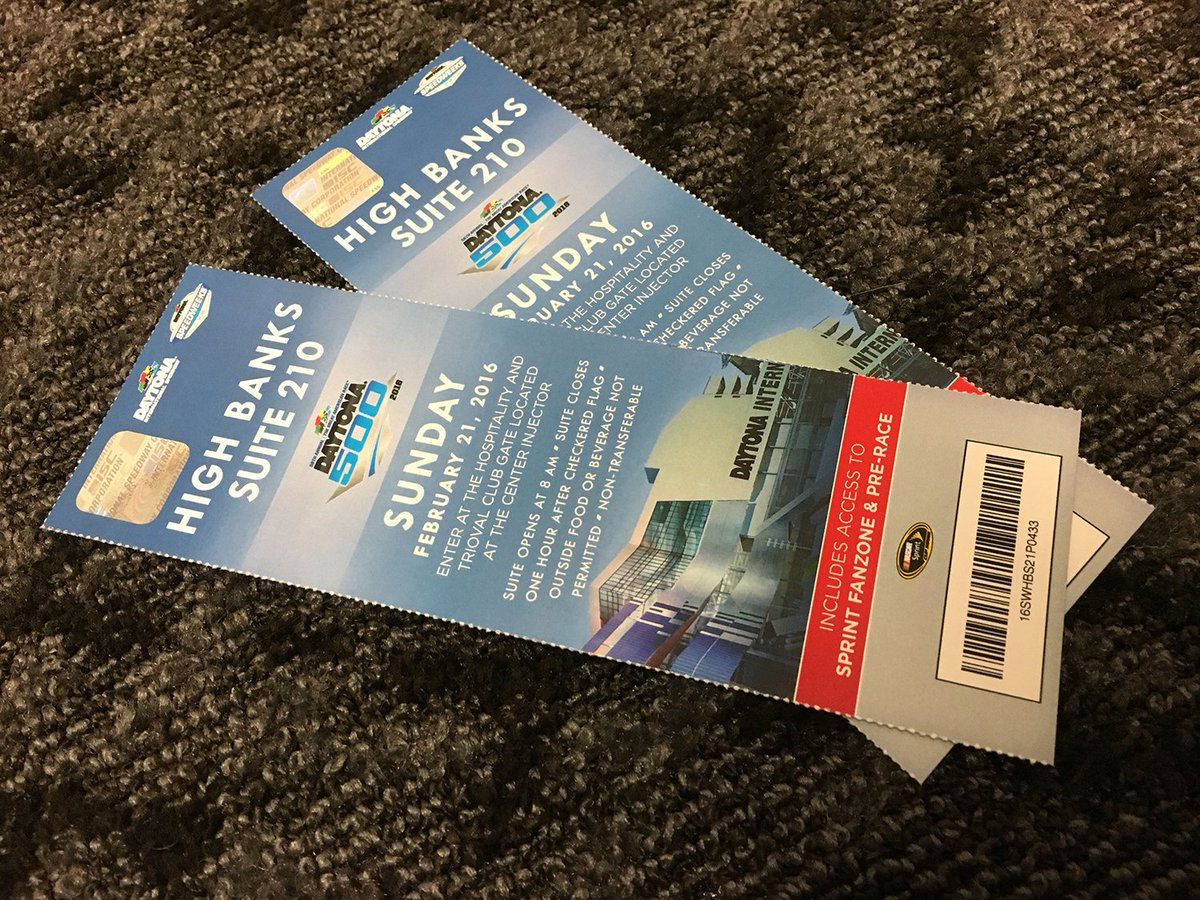 Retweet & follow me to win 2 suite tickets to see me race in the #Daytona500. Winner picked in 4hrs #WinItWednesday