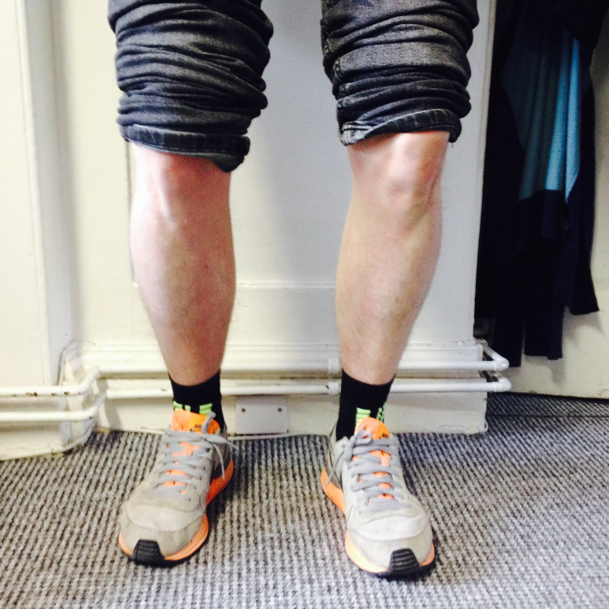 Get your knees out for the @PierReview lads! #knobblyknees https://t.co/17eoyhnBUv https://t.co/BPlWUb0l90