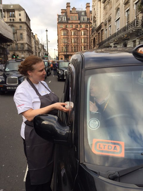 Supporting our London Cabbies handing out truffle arancini @cafemuranostj https://t.co/aW9mOyocvh