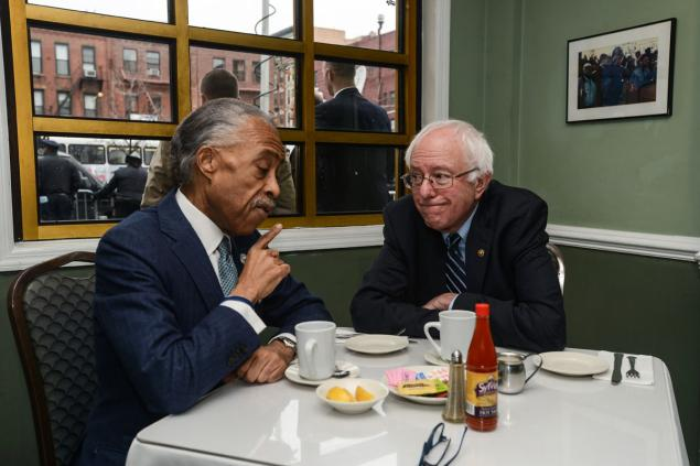 @BernieSanders and @TheRevAl had breakfast in Harlem this morning