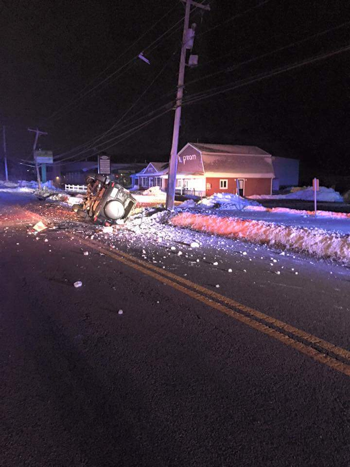 Police: Suspect speeds away from officer, crashes in Abington (