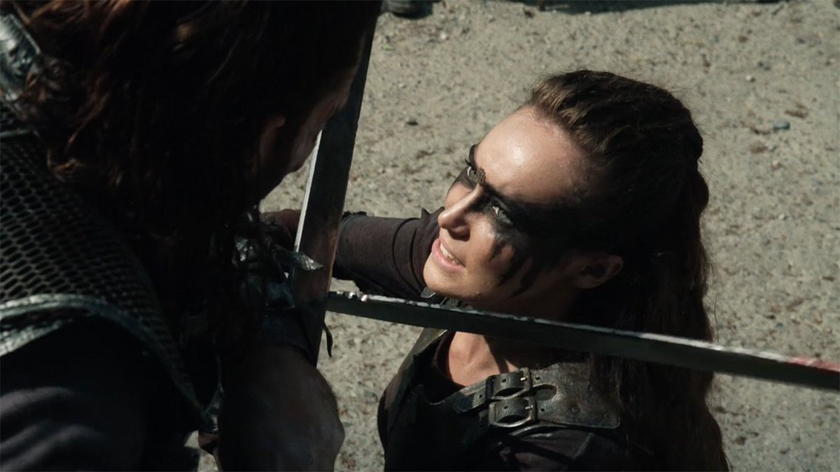 #The100 exclusive clip: It's Lexa vs. Roan! Plus @DebnamCarey &  @Zach_McGowan on the fight https://t.co/Qgvmz0YeYG https://t.co/G79Lx2FitC