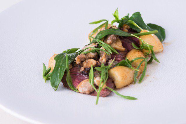 RT @IrishBeef_UK: Salty and sweet clams. Hanger steak, A #perfect mid-week dish by @Paulfosterchef ! #Recipe: https://t.co/fqoBmUrGS5 https…