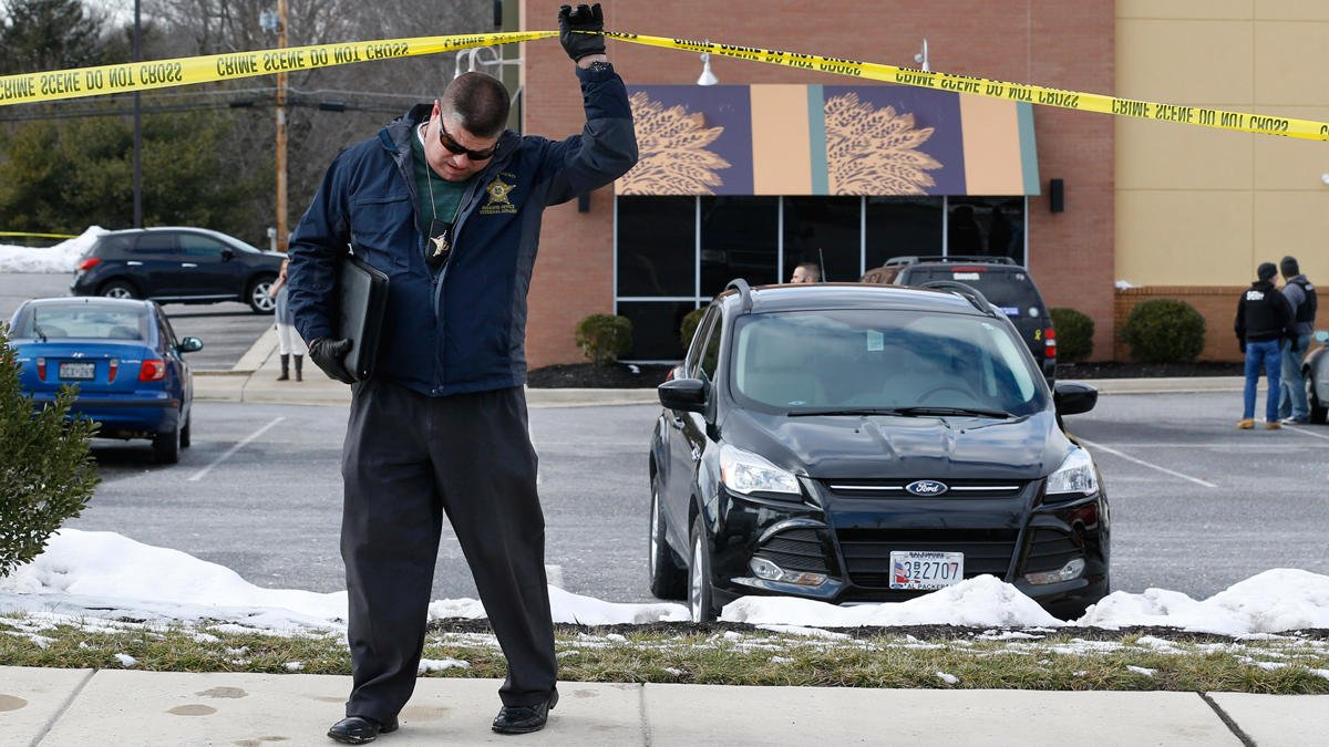 2 MD Officers die after shootout outside Panera restaurant -->