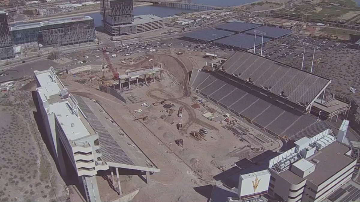 Construction worker falls from scaffolding at Sun Devil Stadium