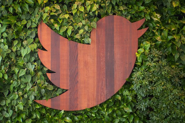 Twitter's monthly user growth stalls, ad revenue climbs https://t.co/tC6Ff3b7yR https://t.co/GgNuUfwXR0