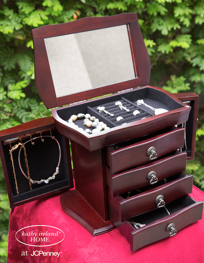 RT @kathyirelandWW: Discover our beautiful jewelry boxes & armoires @jcpenney 50% off #jewelry #boxes #armoire  https://t.co/xGH36sEADf htt…