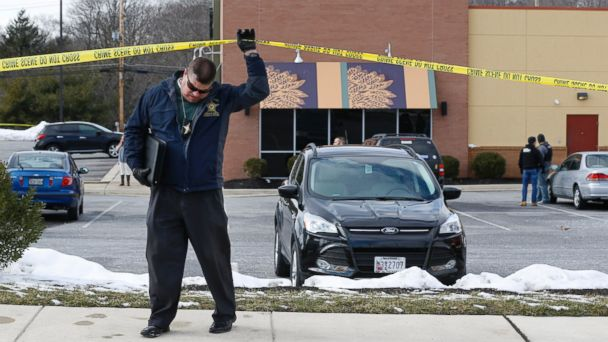 Two police officers killed in Maryland after restaurant shootout: abc13
