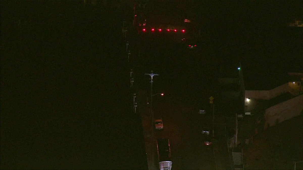 Man climbs power pole, knocks power out to thousands in Hollywood