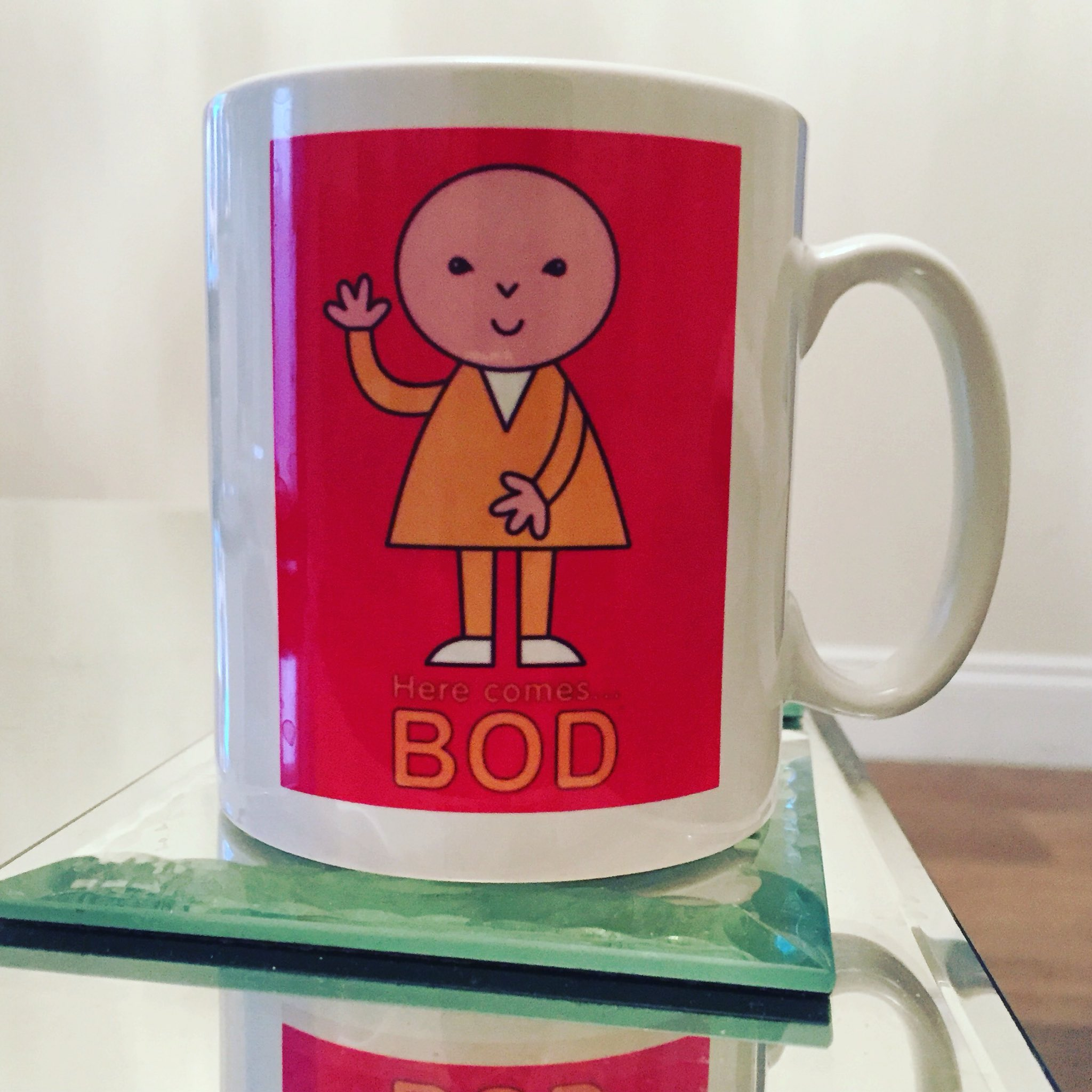 Having a cuppa in my old school mug. Who remembers Bod ?.. https://t.co/WQLH5q3CML