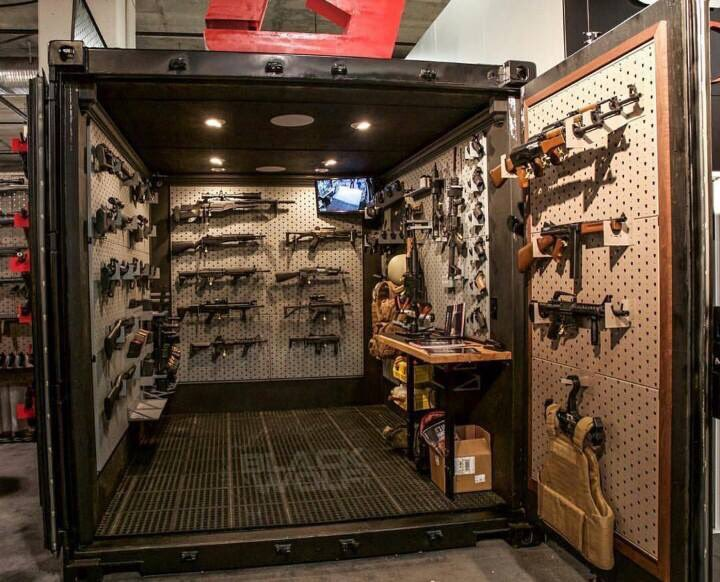 Gun lovin on twitter shipping container built into a gun vault 2a gunlovin molonlabe - Are shipping container homes safe ...