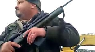 FBI surrounds last four Oregon occupiers at wildlife refuge