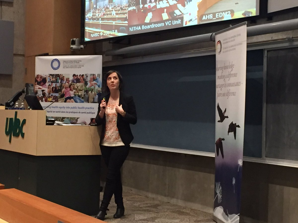 Rebecca Zappelli shares Downtown East side collective impact story mental health in #hef16 @Bridge4Health @SFU_FHS https://t.co/6UPAMaULa3