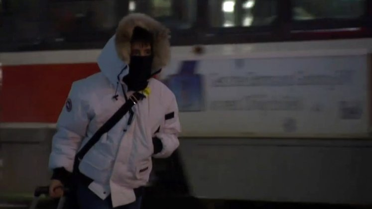 Wind chill -26, Toronto issues extreme cold weather alert -- winter is finally here