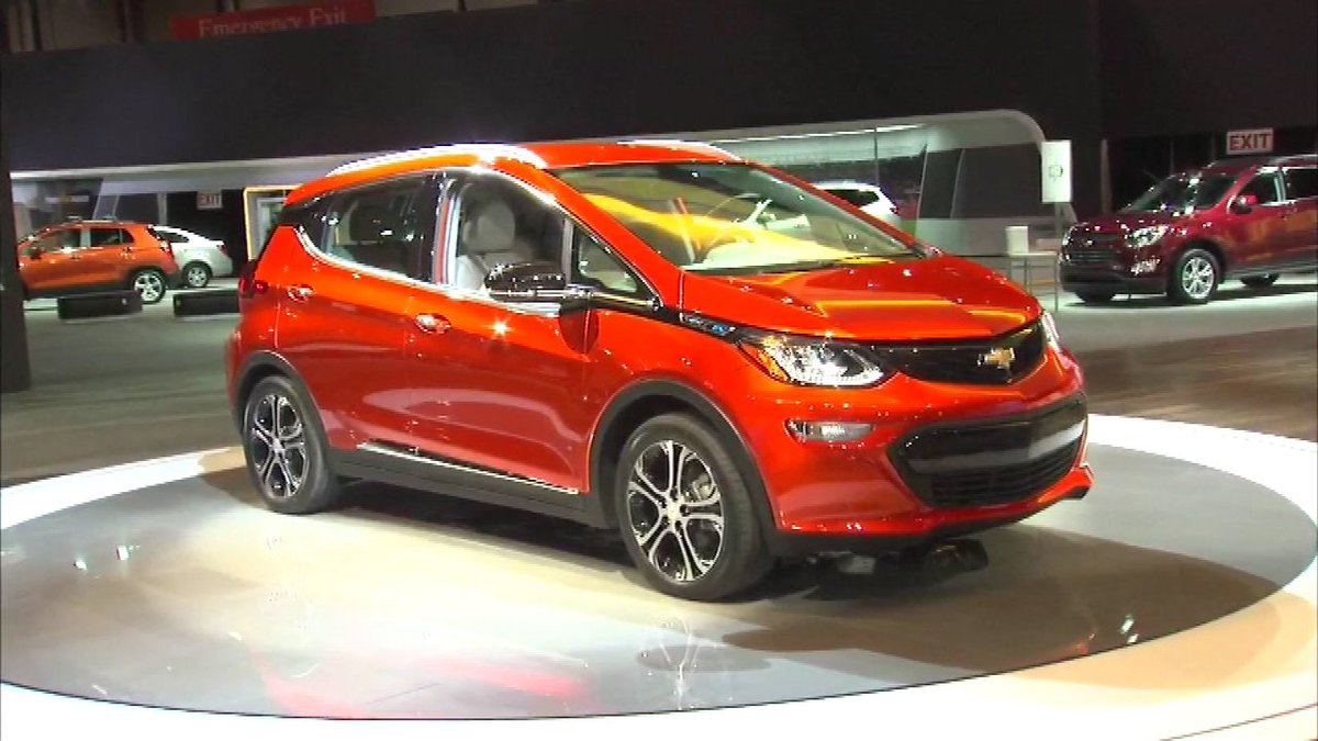 Check out what's new at the 2016 Chicago Auto Show