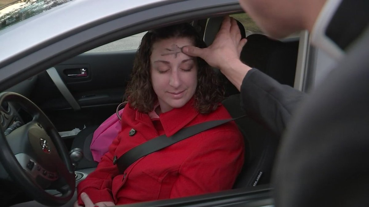Houston church offers drive-thru Ash Wednesday service