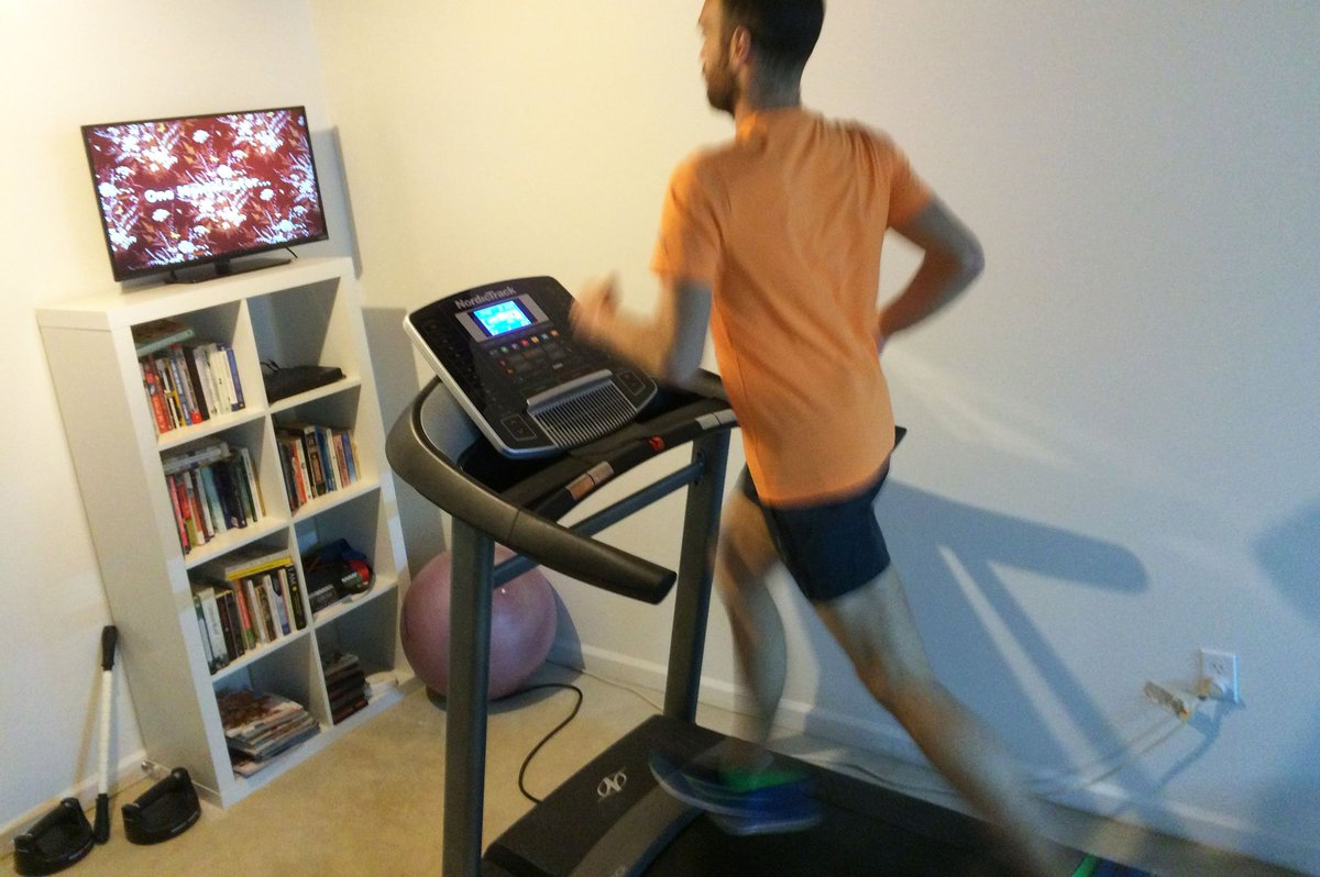 How to pick the right movie to watch during your treadmill run. https://t.co/6D1pj4gD9H https://t.co/yu1XHoEhUE