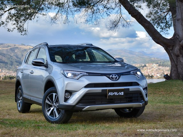 Richiamo auto mondiale Toyota 4X4 RAV4 per problemi alle cinture di sicurezza