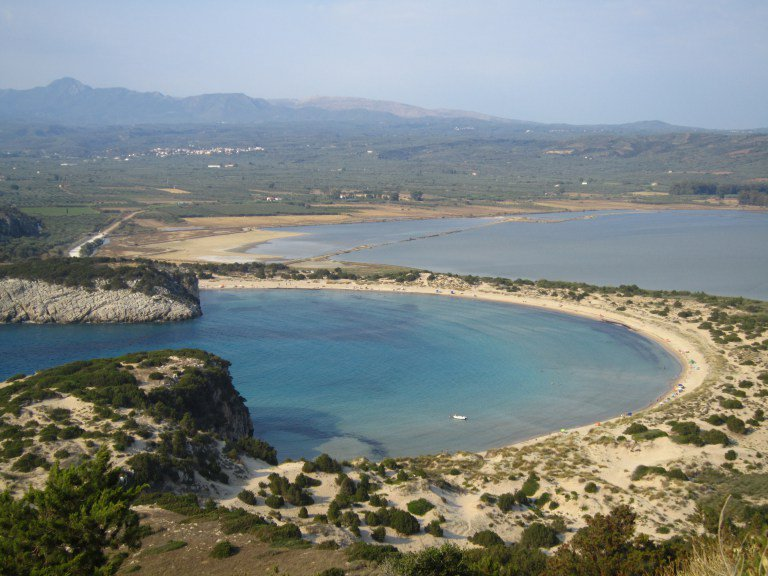 Not your usual Greek beach, Voidokilia is one Ω shaped sandy paradise, untouched by man. https://t.co/kl2ENbGOR6 https://t.co/wwsxaBGA5M