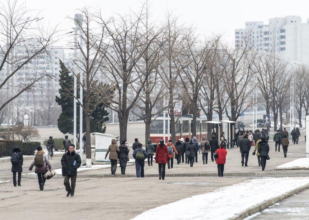 الحياة في كوريا الشماليه ..........متجدد  Ca9nfs_W4AEo3U-