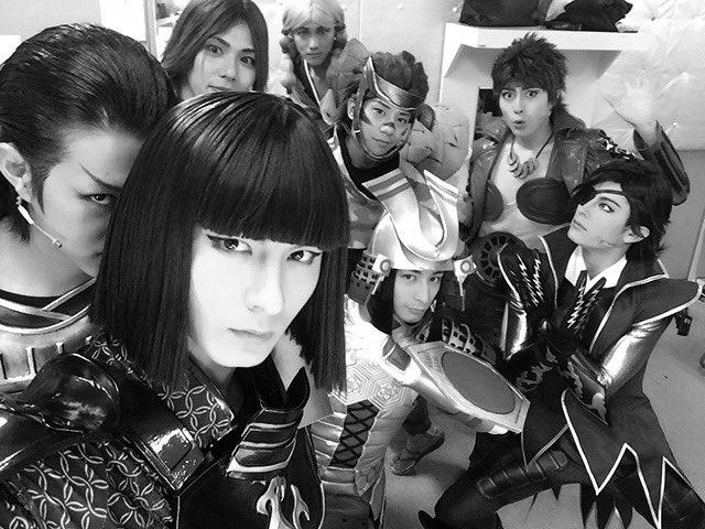 戦国BASARA4皇東京千秋楽終わりましたー!皆怪我なく駆け抜けれてよかった!ご観劇頂きました皆様も本当にありがとうございました! さ!待ってろ大阪!!! #fujitaray #dustz